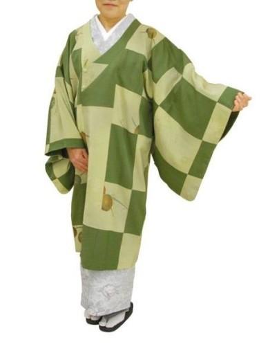 3枚の着物からリメイクで仕立てたコート
