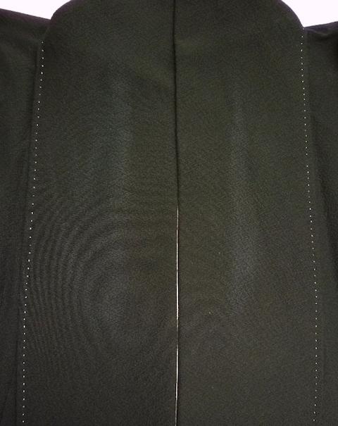 黒留袖の衿のスレ